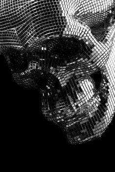 Disco skull.