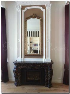 Franse stijl spiegel met kuif boven schouw http://www.barokspiegel.com/detail/622860-299-kuifpiegel-franse-stijl-rufino