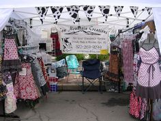 Craft Friendly Southern Illinois Craft Show and Craft Show Booths, Craft Show Displays, Craft Show Ideas, Display Ideas, Booth Displays, Booth Ideas, Clothing Displays, Bazaar Ideas, Craft Business