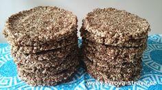 Mandlovo-karobové sezamky (raw food sušenky) Krispie Treats, Rice Krispies, Raw Food Recipes, Desserts, Tailgate Desserts, Deserts, Raw Recipes, Dessert, Food Deserts