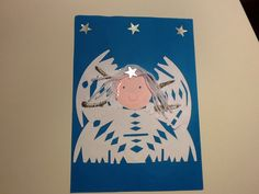 Engeltje van geknipte kleedjes you could use a paper doily as well! Christmas Arts And Crafts, Christmas Nativity, Christmas Angels, Christmas Time, Holiday, Preschool Projects, Paper Doilies, Country Crafts, Classroom Themes