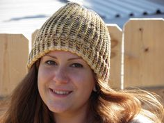 Hey, I found this really awesome Etsy listing at https://www.etsy.com/listing/254239034/hand-loom-knitted-beanie-in-peach-with