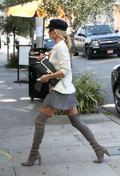 Rosie Huntington-Whiteley... Thigh High Style! +++