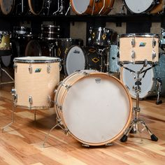 SummaryKit Finish: Wrap Finish# of Pieces: 3-Piece KitBass Drum Diameter: Tom Diameters: 13/16/22Shell Material: Wood Shell Ludwig Drums, 3 Piece, 1970s, Shells, Toms, Music Instruments, It Is Finished, Products, Shelled