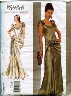 2000s Bellville Sassoon Vogue 1015  Floor by DesignRewindFashions, $15.00