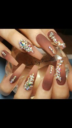 Head over Heels - 30 Beautiful Diamond Nail Art Designs Glam Nails, Dope Nails, Fancy Nails, Bling Nails, Bling Wedding Nails, Wedding Manicure, Sexy Nails, Trendy Nails, Diamond Nail Designs
