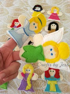 Etsy: 12 PRINCESS FINGER PUPPETS