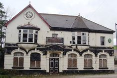 An abandoned pub in Abertridwr