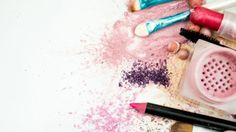 The chemical list in most #makeup would put processed food to shame. Avoid these 5: http://www.marksdailyapple.com/5-chemicals-in-cosmetics-you-should-avoid/