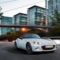 #newmx5 #allnewmx5 #roadster #2seater #mx5 #skyactiv  #motoring #cars #carsofinstagram #instacars #Mazda #Style #Design #Brand #Kodo