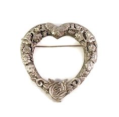 Hey, I found this really awesome Etsy listing at https://www.etsy.com/listing/461195384/jj-jonette-jewelry-ornate-floral-pewter