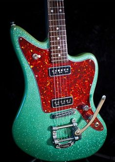 Red Rocket Customs Rocket Master with a seafoam green microsparkle lacquer  #guitar #guitarporn #offset