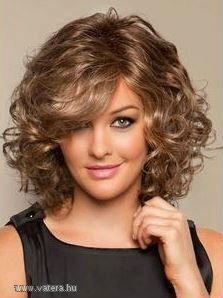 frizurák félhosszú göndör hajból - Google keresés