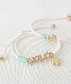 Christening Bracelets, Childrens Party, Wall Colors, Beaded Bracelets, Baptism Ideas, Rosaries, Gold, Handmade, Crafts