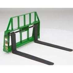 Frontier AP13F Floating Pallet Forks John Deere | Mutton Power Equipment  Frontiers AP13F pallet forks are a floating style pallet fork to fit the compact and utility tractor style carrier loader on John Deere tractors. This floating style pallet fork simplifies the tine width adjustment process by putting this tines on a rail that easily slide.