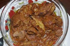 This mutton curry is a mild spicy Sindhi specialty. Its a meat lover's delight. Here is an easy recipe to make the famous 'Teevan' also known as 'Seyal Teevan'