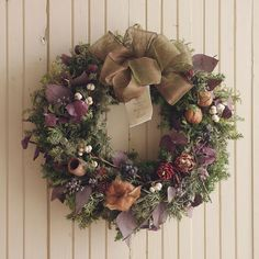 Christmas Wreaths, Xmas, Floral Wreath, Workshop, Holiday Decor, Flowers, Crafts, Home Decor, Holiday Decorating