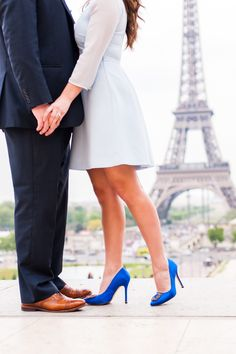 Engagement photo in Paris and Manolo Blahnik shoes