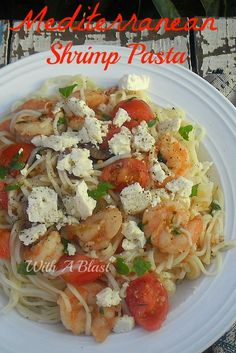 If you like Mediterranean food - you will LOVE this quick and easy Shrimp pasta dish      #Pasta #ShrimpRecipe #LowFat