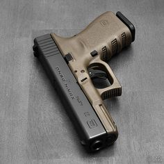 New Gun Day! | I got a FDE Glock 23 today, my new carry gun.… | Zorin Denu | Flickr