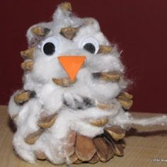 little learners lounge: Arctic Animals-- cotton ball and pinecone snowy owl Owl Crafts, Animal Crafts, Kids Crafts, Daycare Crafts, Easy Crafts, Winter Fun, Winter Theme, Winter Ideas, Winter Holiday