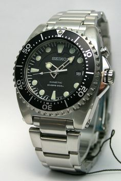 "Herculodge: Is The Seiko ""Sumo"" Prospex $200 Better Than the Seiko Kinetic Diver SKA371?"