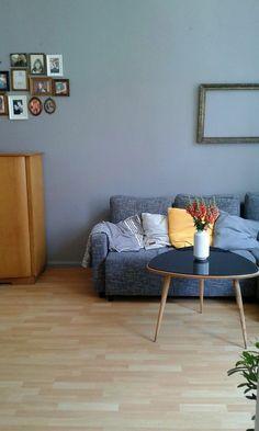 Nackig ohne Teppich #interior #einrichtung #dekoration #decoration #living #wohnen #vintage #wohnzimmer #livingroom #vintagewohnzimmer Foto: hike27