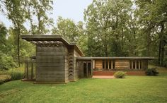 The Pope-Leighey House, Alexandria, Virginia. 1941. In the traditional L-Shape of the Usonian Homes.