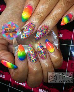 #nails #acrylicnails #sculptednails #acrylic #gelpolish #gel #naturalnails  #funnails #neonnails #marblenails #glitternails #glitter #bride #wedding #weddingnails #bridalnails #confettinails #ombrenails #gradientnails #nailart #nailartist #nailtech #nailedit #nails2inspire #nailsofinstagram #NailInspo #nailsdid #nailsoftheday #nailartclub #nailaddict #nailitdaily #cutiecallnails #armagh #ToriRenaghan
