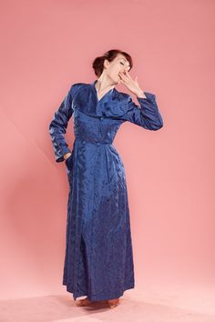 a70e852491 Vintage 1940s Royal Blue New Look Quilted Dressing Gown Robe Wedding  Trousseau