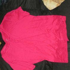 Magenta shirt Magenta short sleeve v neck Tops Blouses