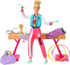 Explore a world of competitive fun with the Barbie® Gymnast Playset! When a girl plays with Barbie®, she imagines everything she can become, and if you love to tumble, you can be a gymnast! Attach Barbie® Gymnast doll to the spinning clip and watch her flip across the beam! Once the competition is finished, Barbie® Gymnast doll is ready to receive her trophy and medal with ribbon. What a performance! Mattel Barbie, Barbie Shop, Barbie Camper, Barbie Dress, Barbie Online, Balance Beam, You Can Be Anything, Doll Eyes, Kind Mode