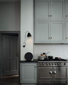 Uplifting Kitchen Remodeling Choosing Your New Kitchen Cabinets Ideas. Delightful Kitchen Remodeling Choosing Your New Kitchen Cabinets Ideas. Grey Kitchen Cabinets, Kitchen Cabinet Colors, Kitchen Grey, Shaker Cabinets, Shaker Kitchen, Kitchen Colors, Tall Cabinets, Kitchen Post, Kitchen Walls