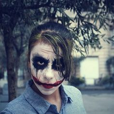Halloween top 25 mind blowing and scary makeup ideas for women. Easy-ish joker makeup for girls Halloween Kostüm Joker, Halloween 2014, Halloween Looks, Cool Halloween Costumes, Halloween Cosplay, Kid Costumes, Halloween Party, Joker Makeup, Scary Makeup