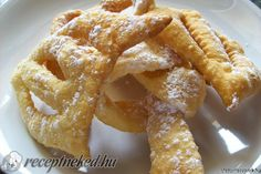 Hungarian Cuisine, Hungarian Recipes, Hungarian Food, Apple Pie, Yummy Treats, Main Dishes, Cake Recipes, The Best, Food And Drink