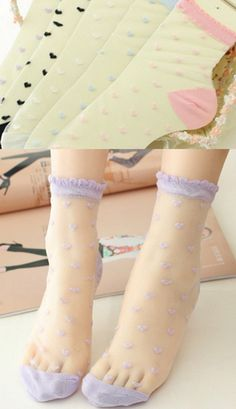 One pair of cute *as worn by Nyan Nyan models on photoshoots* heart ankle socks to finish off your fairy girl look. They are transparent like tights and stockings and embroidered with a heart pattern. Pick from pink, white, black, blue or lilac