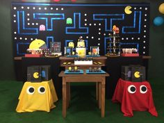 Pac Man theme Bday Party   Marcelle  Visit my personal blog for more http://marcellebraga.com.br/