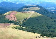 Puy pariou  Auvergne guided walking holiday France