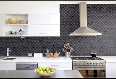 """Need some kitchen splashback ideas for your new kitchen? Take a look at these 70 beauitful and unique kitchen splashback that will make you say """"Wow! Rustic Kitchen, New Kitchen, Kitchen Decor, Hexagon Mosaic Tile, Marble Mosaic, Neutral, Kitchen Backsplash, Kitchen Splashback Ideas, Splashback Tiles"""