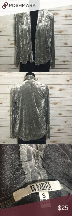 BB Dakota velvet shrug Velvet is super in this season! Excellent used condition, no stains or tears this fun piece can jazz up any outfit from casual to more formal- offers welcome, bundle and save! BB Dakota Tops