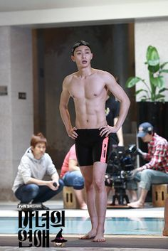 Park Seo Joon - this pic snuck up on me. I realized I winced in actual pain and my toes were all curled up. Park Seo Joon Abs, Joon Park, Park Seo Jun, Hot Korean Guys, Korean Men, Asian Actors, Korean Actors, Abs Boys, Joo Hyuk