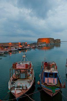 TRAVEL'IN GREECE I Heraklion Port, #Crete, #Greece, #travelingreece
