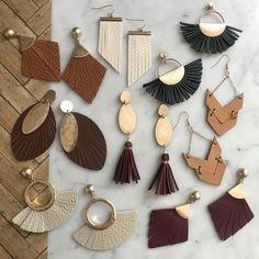 Gold Bar Stud earrings in Gold fill, short gold bar stud, gold fill bar post earrings, gold bar earring, minimalist jewelry - Fine Jewelry Ideas Diy Leather Earrings, Gold Bar Earrings, Unique Earrings, Diy Earrings, Leather Jewelry, Crystal Earrings, Minimalist Earrings, Minimalist Jewelry, Safety Pin Earrings