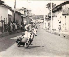 Piaggio Scooter, Mod Scooter, Best Scooter, Vespa Lambretta, Vespa Scooters, Vintage Images, Vintage Art, Classic Vespa, Italian Lifestyle