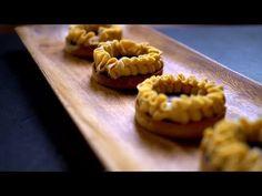 Borbás Marcsi szakácskönyve - Csokoládés tarte sós karamellel (2020.02.23.) - YouTube Waffles, Cookies, Breakfast, Ethnic Recipes, Food, Youtube, Pie, Caramel, Biscuits