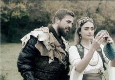 Ertugrul ghazi and halima sultan Turkish Women Beautiful, Turkish Beauty, Friendship Photography, Best Profile Pictures, Cute Couples Photos, Beautiful Series, Photography Poses For Men, Cute Girl Face, Mazda