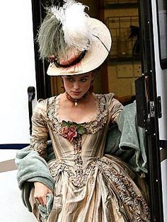 This pin said Marie Antoinette but it is really the Duchess of Devonshire Georgiana 18th Century Dress, 18th Century Costume, 18th Century Fashion, 16th Century, Keira Christina Knightley, Keira Knightley, Period Costumes, Movie Costumes, Historical Costume