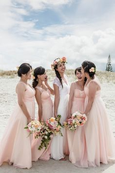 Check out this image! http://ivanaandmilan.co.nz/singleimage/56583/7198097