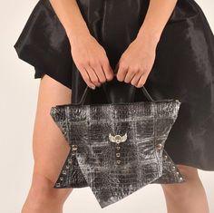 Shopping time #evileve Louis Vuitton Monogram, Pattern, Shopping, Fashion, Moda, Patterns, Fasion, Model, Fashion Illustrations