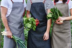 Our Henry cafe aprons have a distinctive style that our crews can't get enough of. With soft cotton canvas and contrasting straps in myriad colours the Henry has become the go to Cargo Crew apron for modern venues. Denim Aprons, Staff Uniforms, Gardening Apron, Custom Aprons, Personalized Aprons, Business Hairstyles, Bib Apron, Apron Designs, Business Inspiration